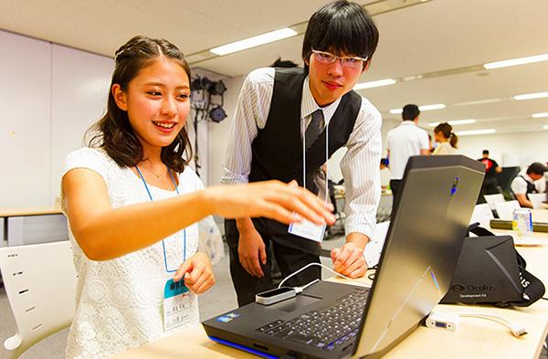 美由紀 池澤あやかさんと振り返る「HTML5 J...池澤あやかさんと振り返る「HTML5 Ja
