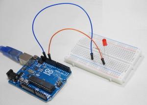 ArduinoのLチカ用回路